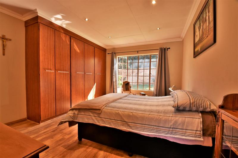 Property For Sale in Craigavon, Sandton 19