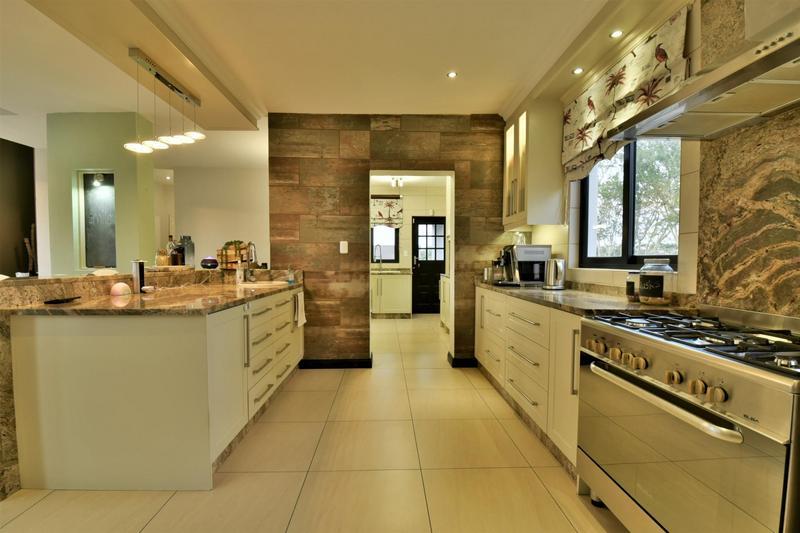 Property For Sale in Homes Haven, Krugersdorp 8