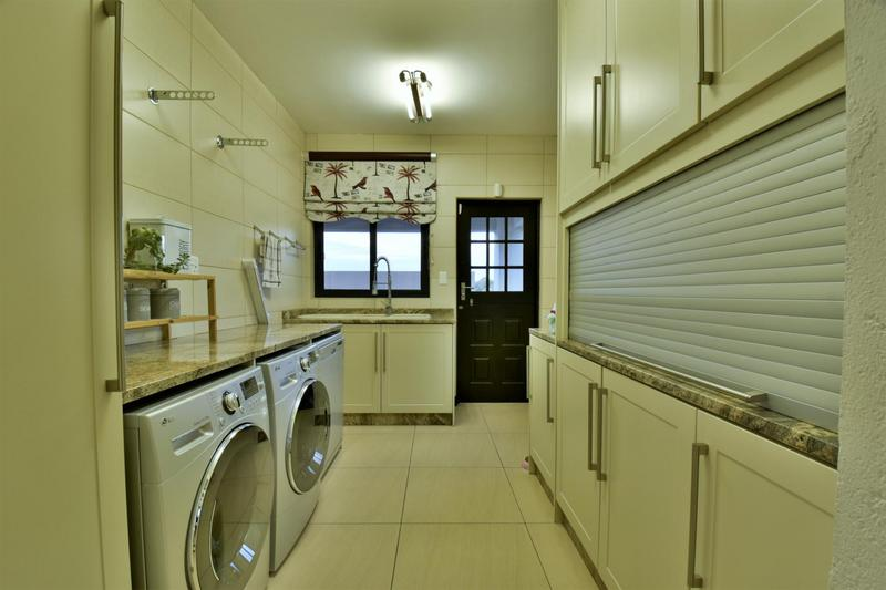 Property For Sale in Homes Haven, Krugersdorp 10