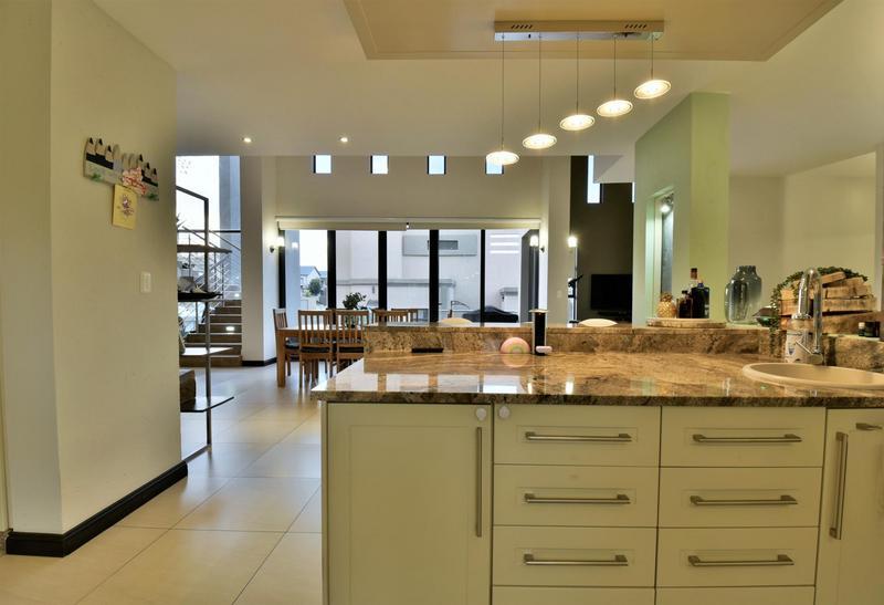Property For Sale in Homes Haven, Krugersdorp 11