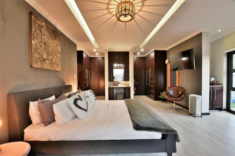 Property For Sale in Homes Haven, Krugersdorp 16