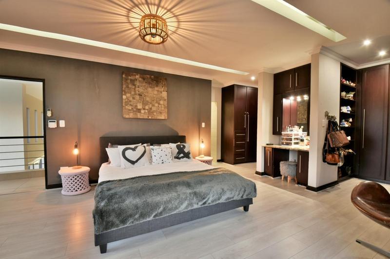 Property For Sale in Homes Haven, Krugersdorp 17