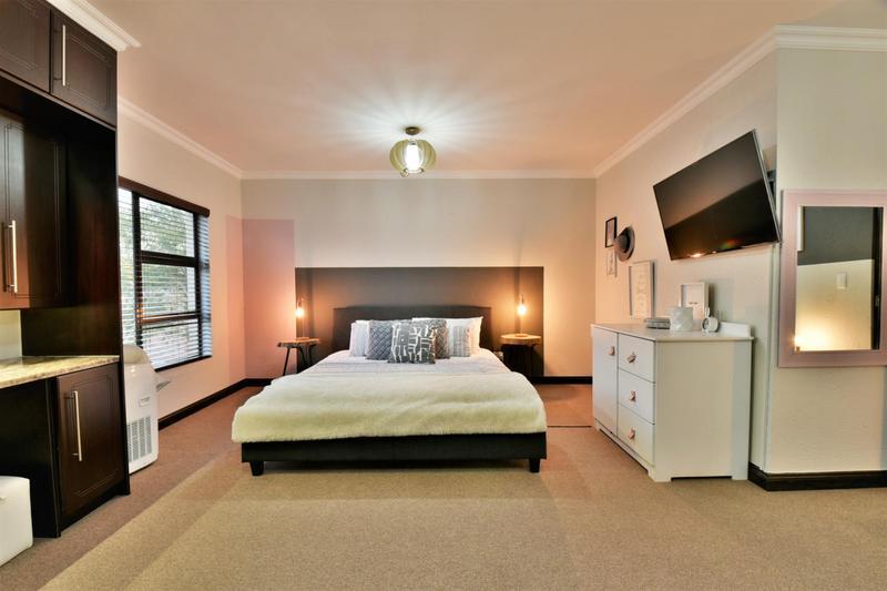 Property For Sale in Homes Haven, Krugersdorp 24