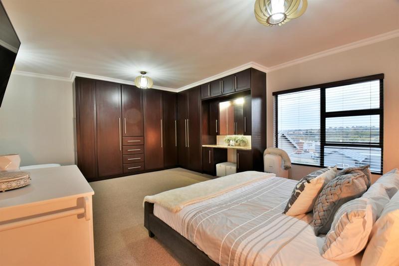 Property For Sale in Homes Haven, Krugersdorp 26