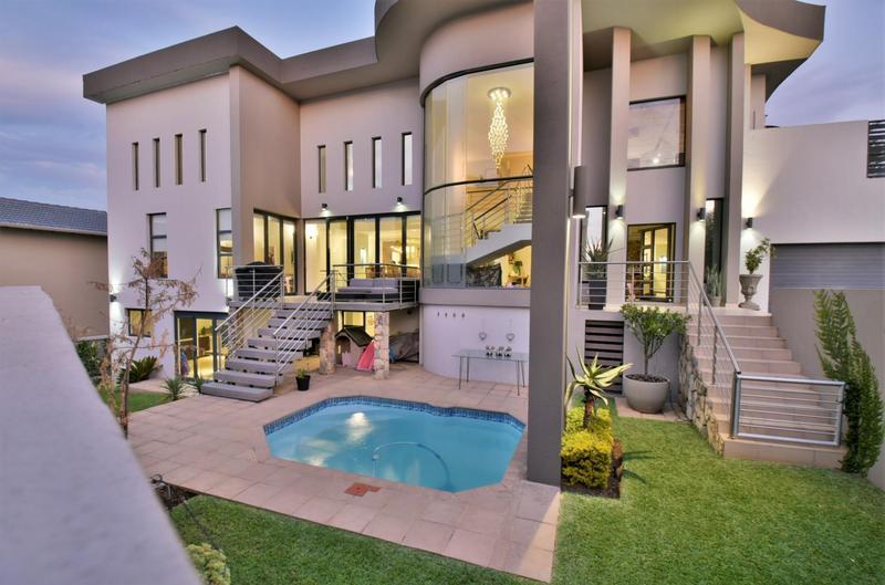 Property For Sale in Homes Haven, Krugersdorp 40