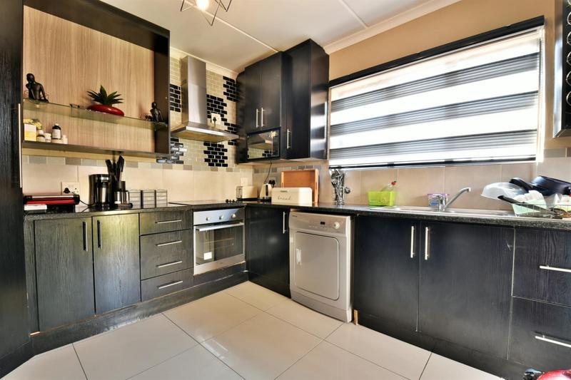 Property For Sale in Meyersig Lifestyle Estate, Alberton 4