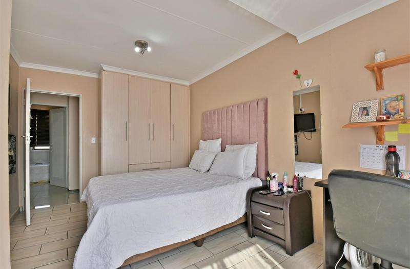 Property For Sale in Meyersig Lifestyle Estate, Alberton 20