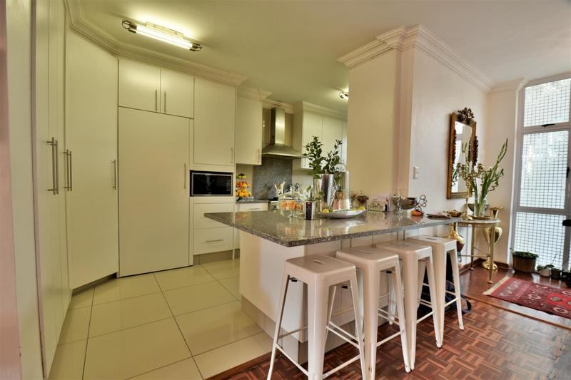 Property For Sale in Craighall, Johannesburg 8
