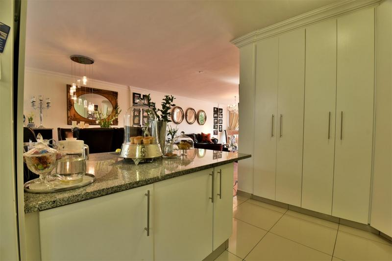 Property For Sale in Craighall, Johannesburg 11