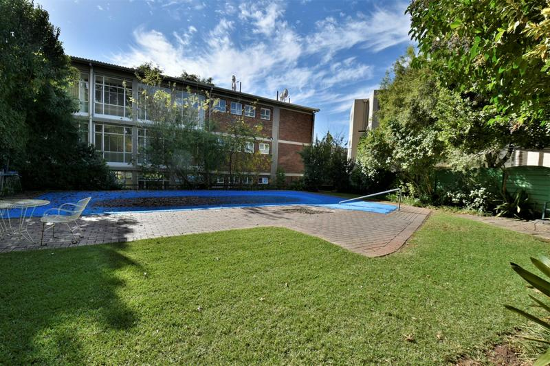Property For Sale in Craighall, Johannesburg 24