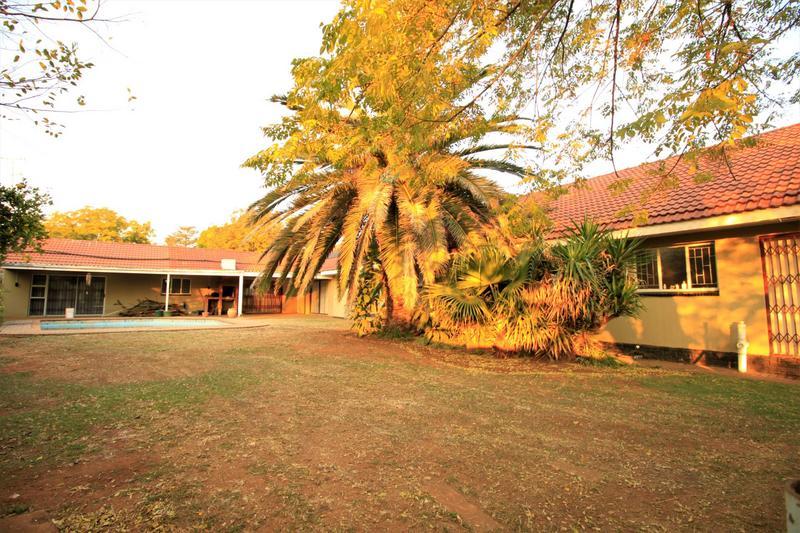 Property For Sale in Risiville, Vereeniging 4