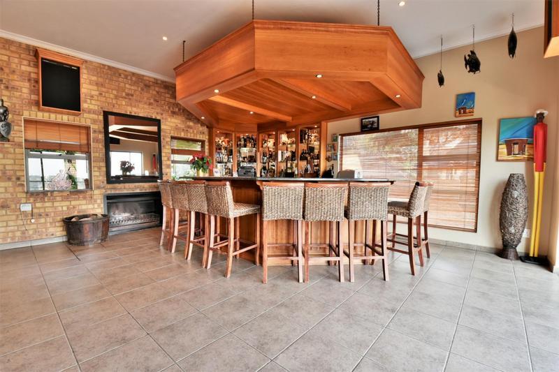 Property For Sale in Glenvista, Johannesburg 12