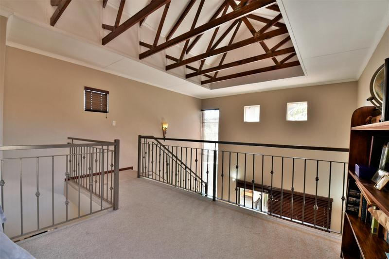 Property For Sale in Strubensvallei, Roodepoort 12