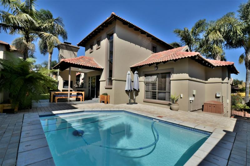 Property For Sale in Strubensvallei, Roodepoort 2
