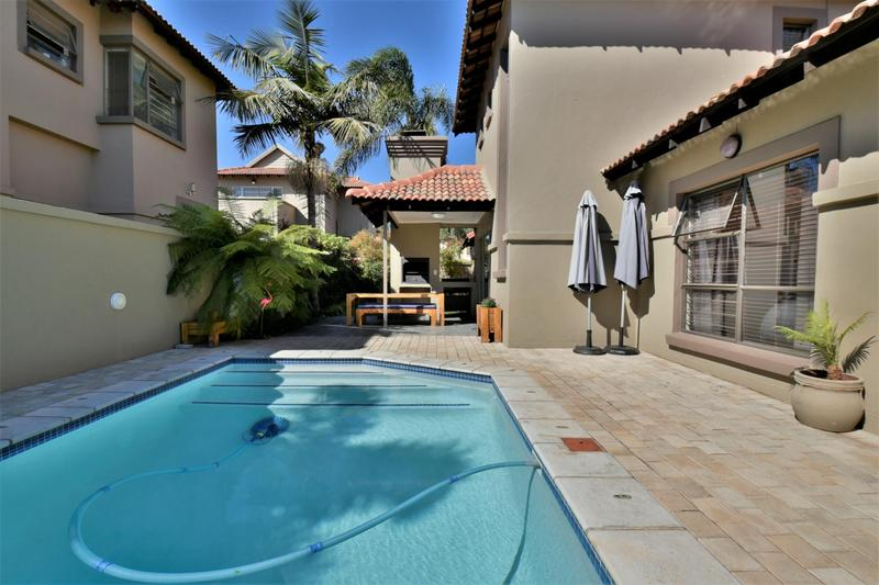 Property For Sale in Strubensvallei, Roodepoort 21