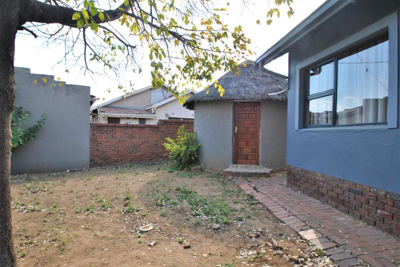 Property For Sale in Diepkloof, Diepkloof 2