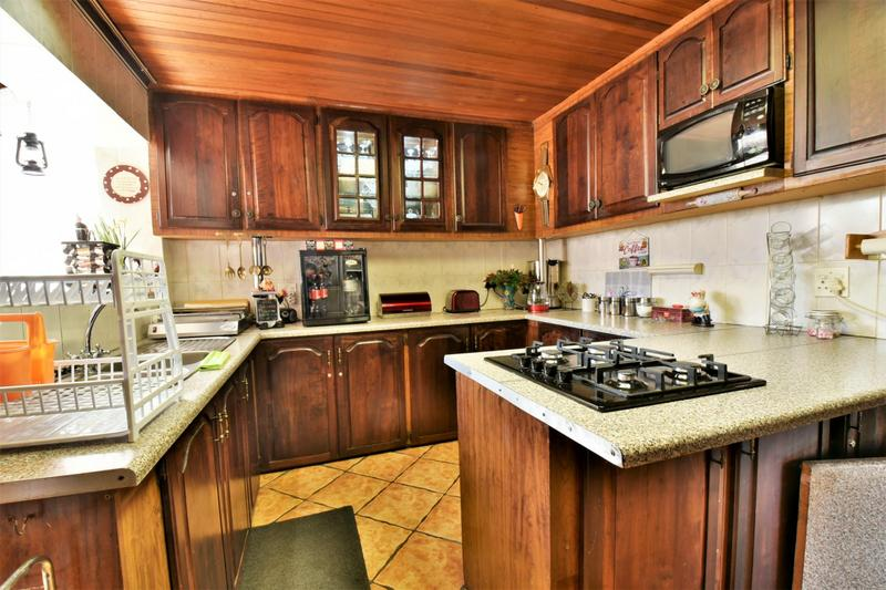 Property For Sale in Linmeyer, Johannesburg 7