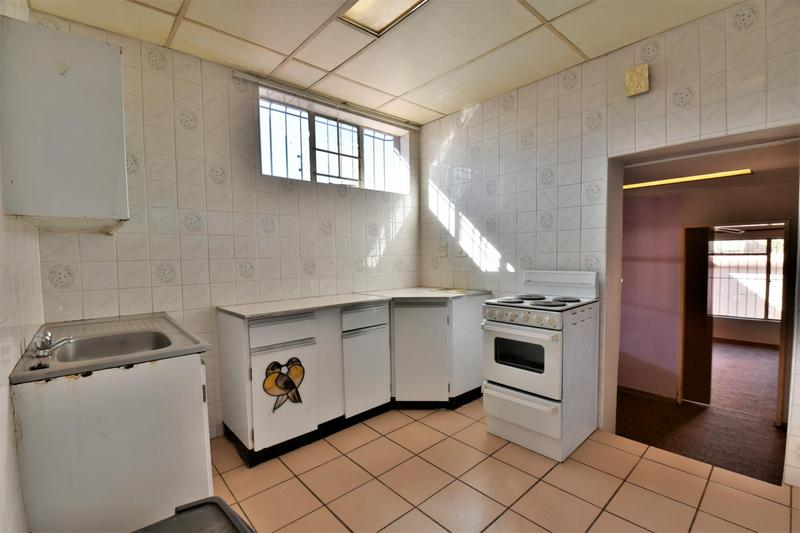 Property For Sale in Linmeyer, Johannesburg 28