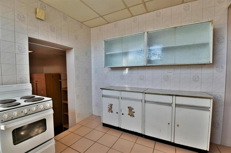 Property For Sale in Linmeyer, Johannesburg 29