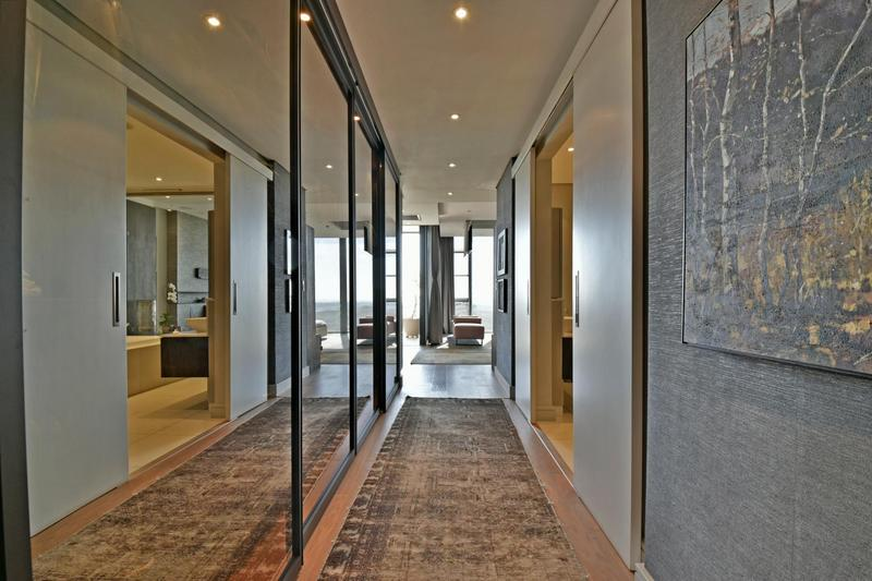 Property For Sale in Houghton, Johannesburg 33