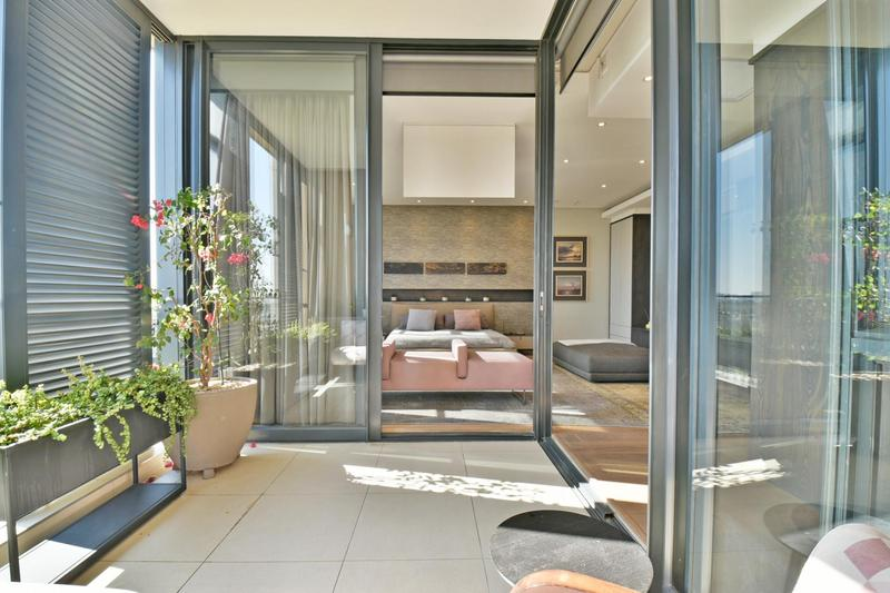Property For Sale in Houghton, Johannesburg 40