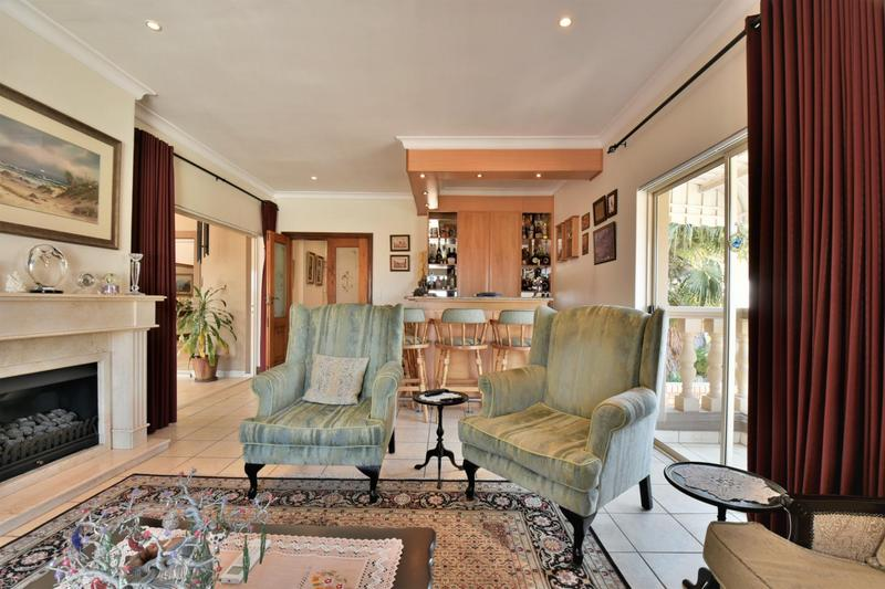 Property For Sale in Bassonia, Johannesburg 9