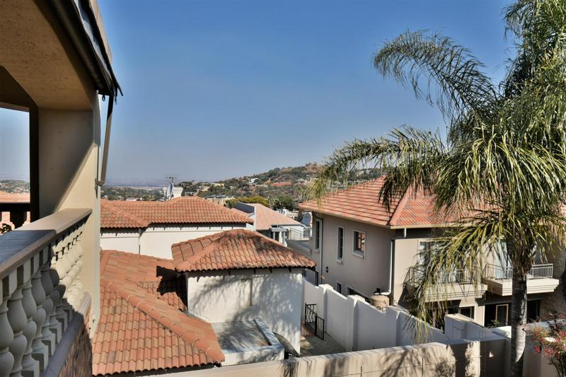 Property For Sale in Bassonia, Johannesburg 19