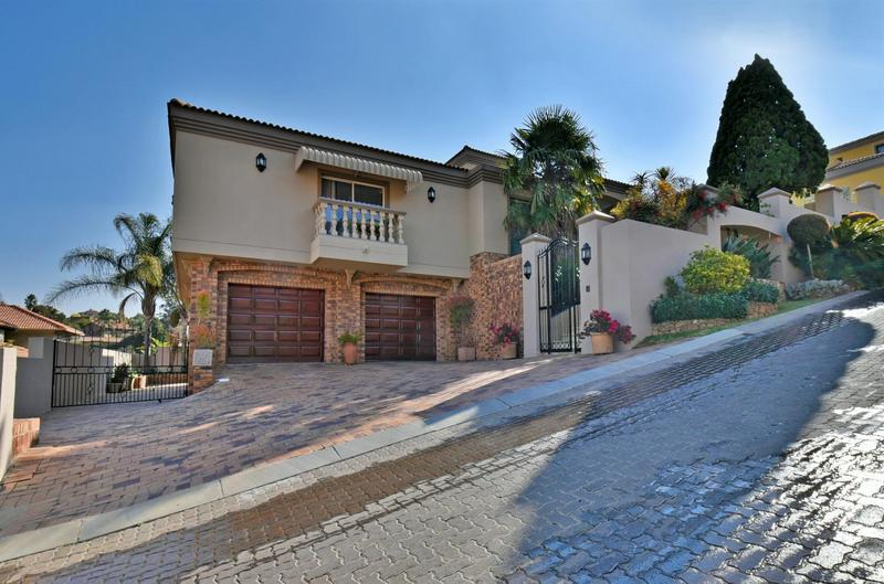 Property For Sale in Bassonia, Johannesburg 45
