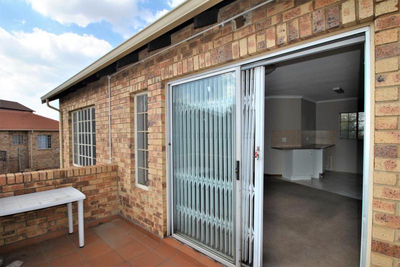 Property For Sale in Elandspark, Johannesburg 11