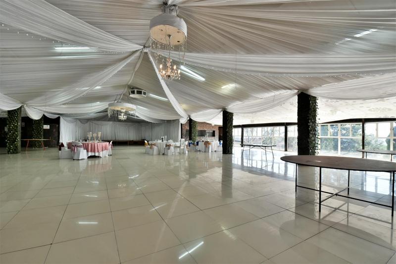 Property For Sale in Eikenhof, Johannesburg 19