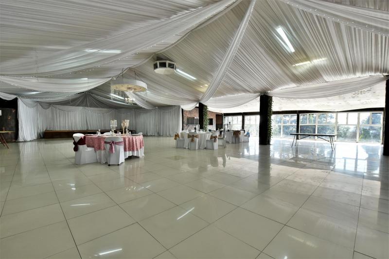 Property For Sale in Eikenhof, Johannesburg 20