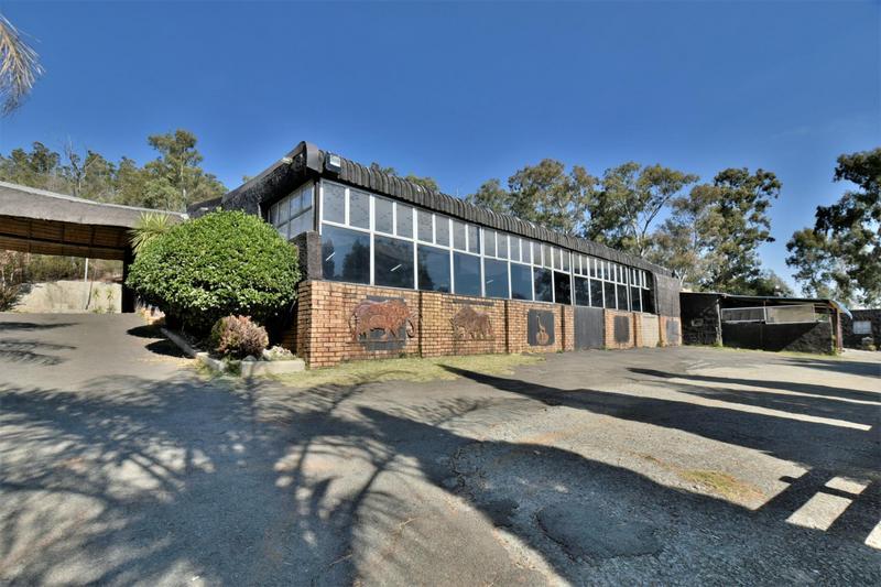 Property For Sale in Eikenhof, Johannesburg 23