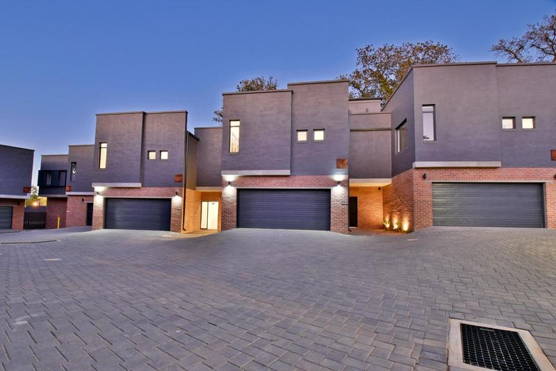 Property For Sale in Hyde Park, Sandton 30