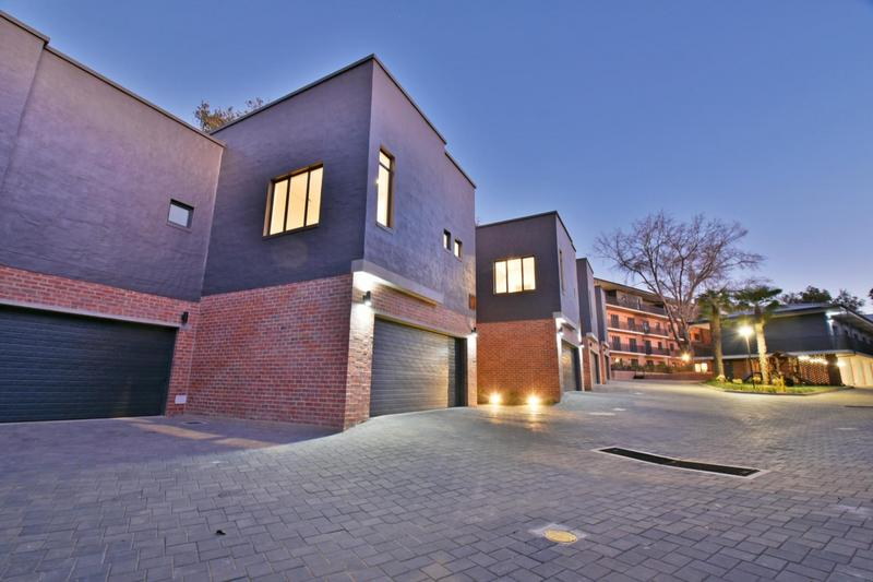 Property For Sale in Hyde Park, Sandton 32