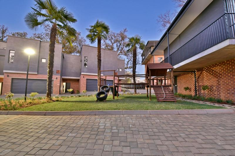 Property For Sale in Hyde Park, Sandton 35