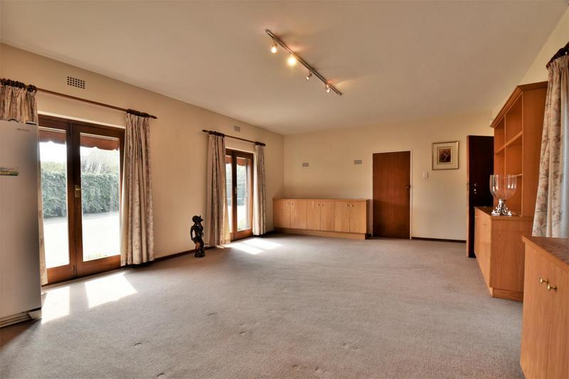 Property For Sale in Parktown, Johannesburg 15