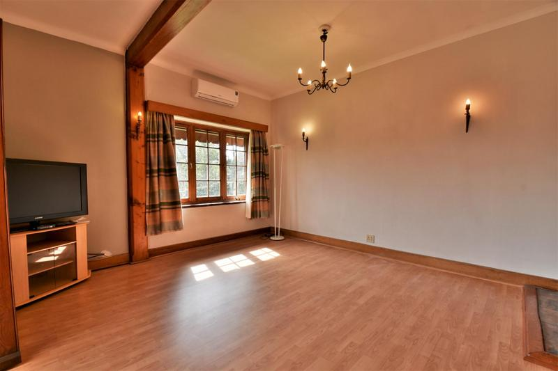 Property For Sale in Parktown, Johannesburg 19
