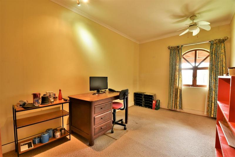 Property For Sale in Parktown, Johannesburg 20