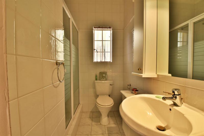 Property For Sale in Parktown, Johannesburg 29
