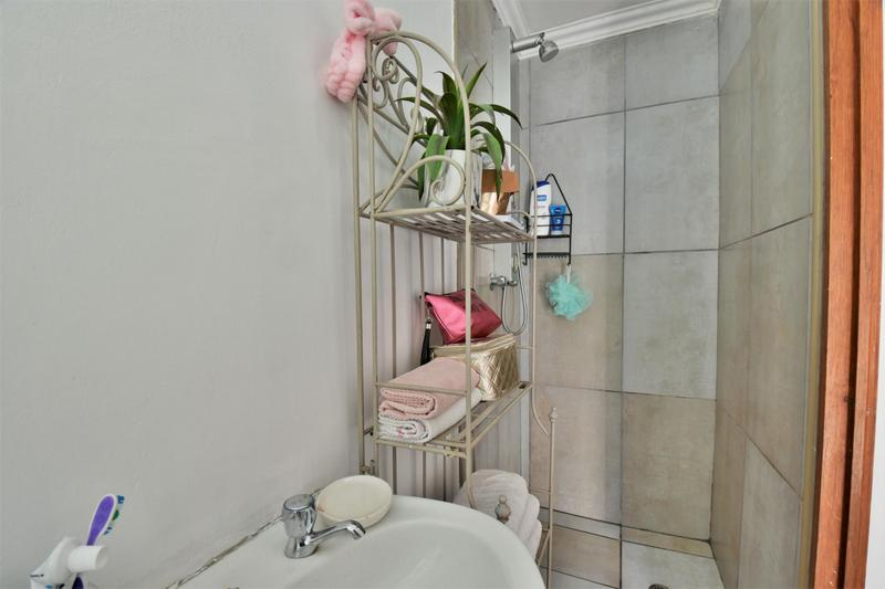 Property For Sale in South Crest, Alberton 18