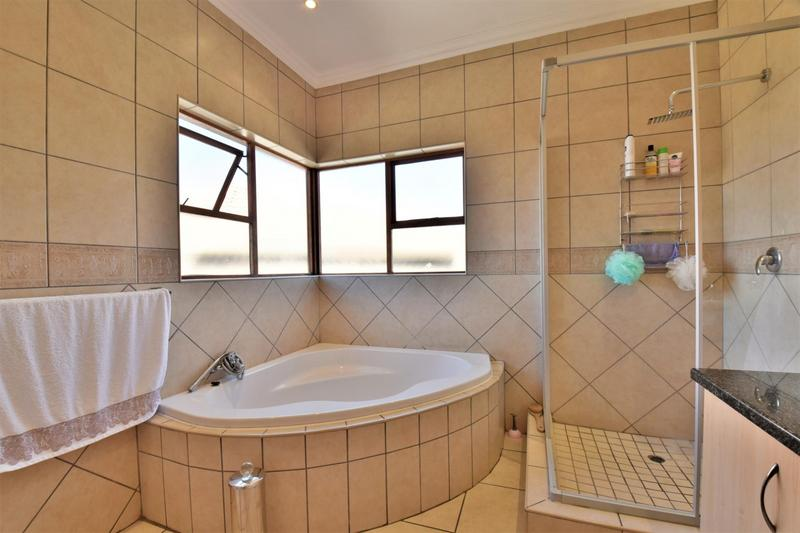 Property For Sale in South Crest, Alberton 27