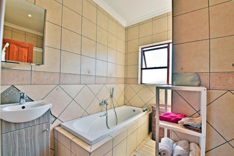 Property For Sale in South Crest, Alberton 28