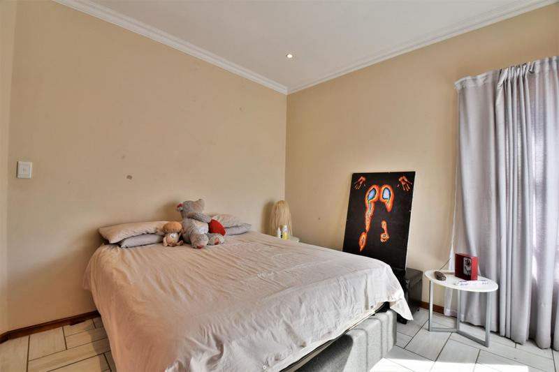 Property For Sale in South Crest, Alberton 34