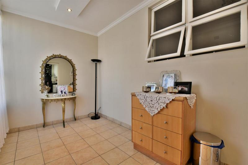 Property For Sale in The Hill, Johannesburg 7