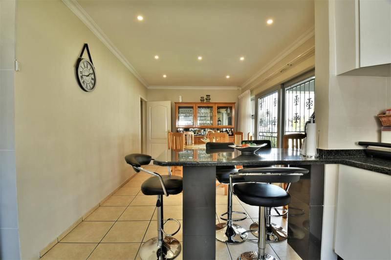 Property For Sale in The Hill, Johannesburg 8