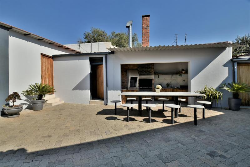 Property For Sale in The Hill, Johannesburg 16