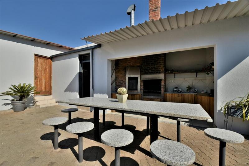 Property For Sale in The Hill, Johannesburg 17