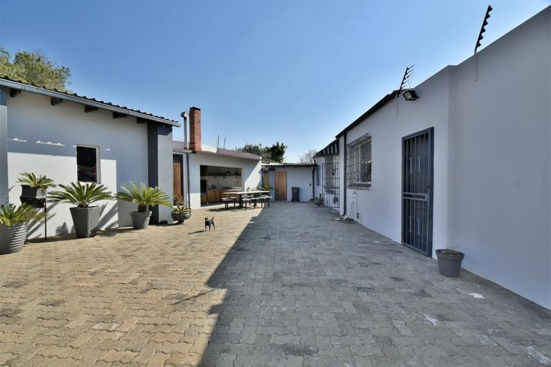 Property For Sale in The Hill, Johannesburg 18