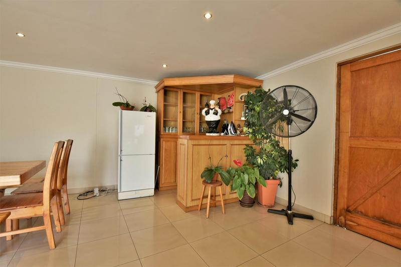 Property For Sale in The Hill, Johannesburg 19