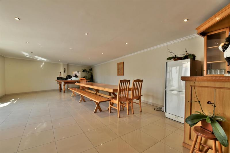 Property For Sale in The Hill, Johannesburg 21